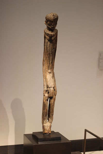 Dogon sculpture (same as 10) but complete (1,32m tall)